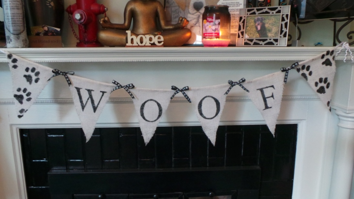 woof banner upclose