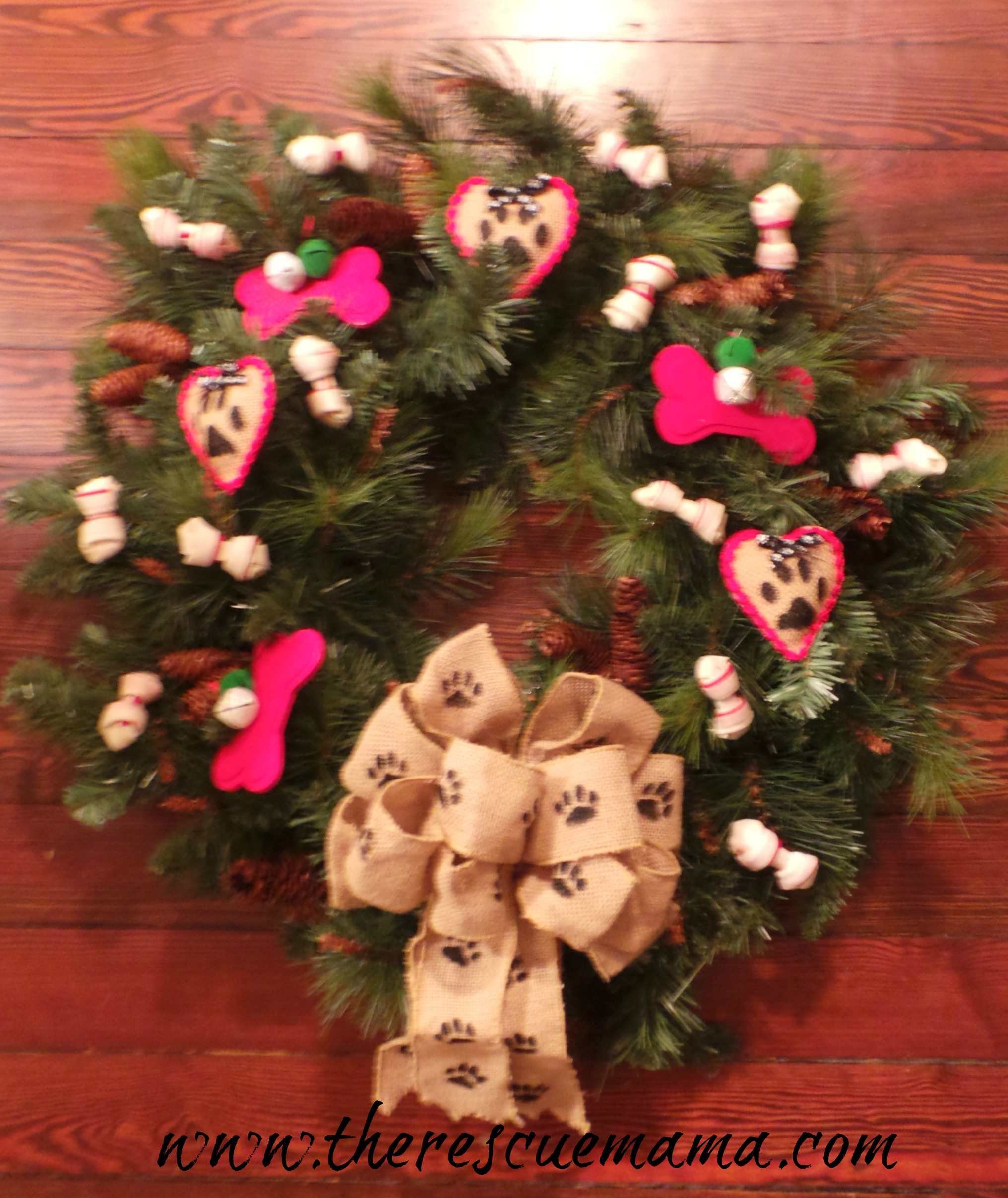 Dog themed christmas ornaments - Finished Wreath